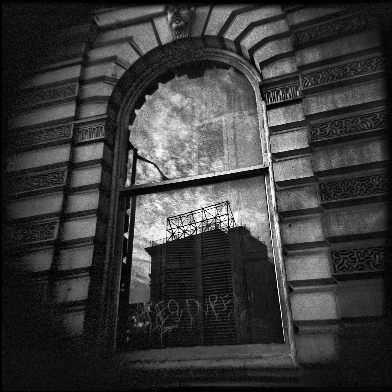 16-NYC-HOLGA-QD-Oct2014-FACEBOOK